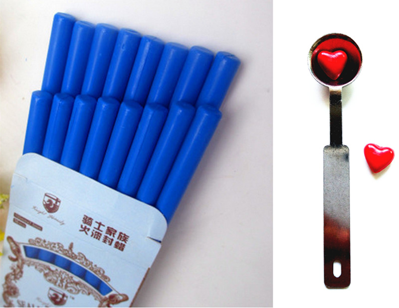 16pcs Vintage Wax Stick Round Colorful Wax Stamp Sealing Wax Sticks for Glue Gun Sealing Gun Wax  (16pcs and 1Spoon) big copper spoon big large size stamp spoon vintage wooden handle brass spoon for sealing wax stamp wax stick spoon