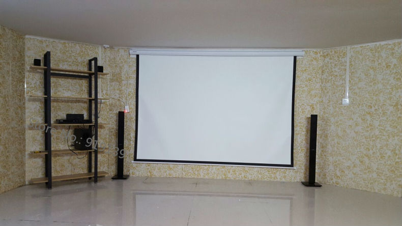 120 Inch 4 to 3 screen pic 1