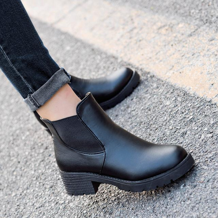 2018 new Hot style Fashion women boots Round head thick bottom PU leather waterproof woman Martin boots free shipping