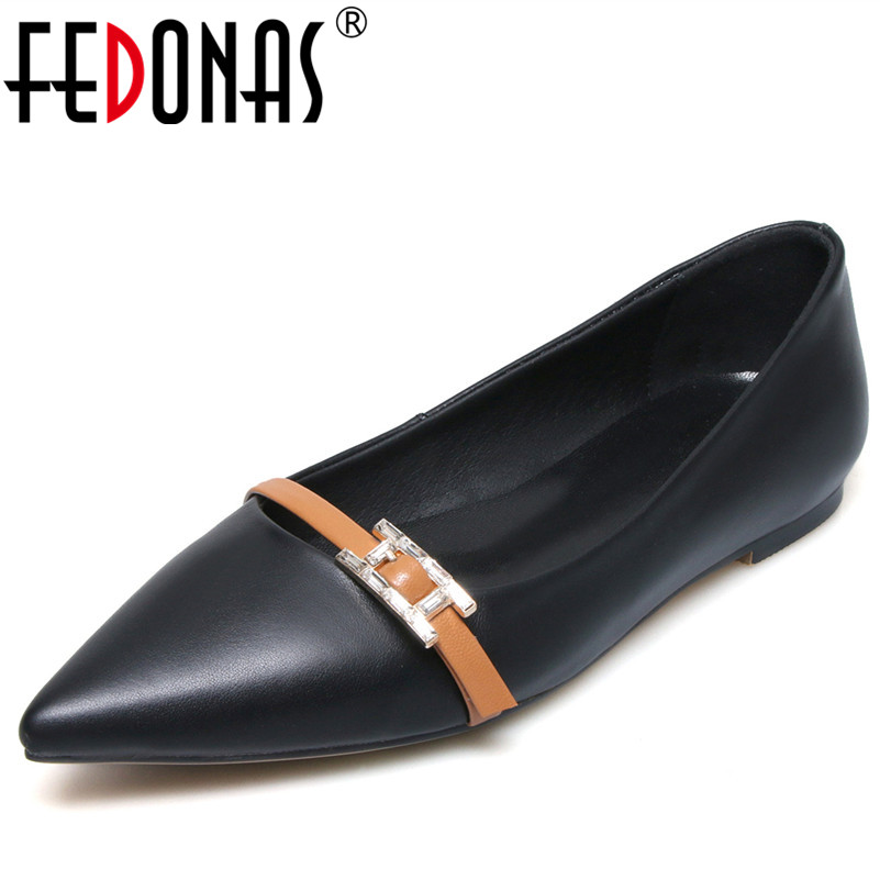 FEDONAS Ballet Women Shoes Genuine Leather Ballerina Flats Slip On Soft Fashion Loafers Comfortable Buckles Ladies Shoes Woman odetina 2017 new designer lace up ballerina flats fashion women spring pointed toe shoes ladies cross straps soft flats non slip