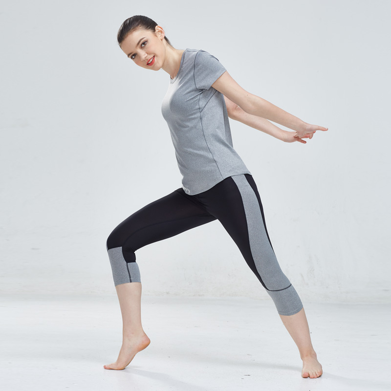 <font><b>Sexy</b></font> <font><b>Yoga</b></font> Set Running Tracksuit Gym T-shirt + Tight 3/4 Legging Pants Compression Jogging <font><b>Fitness</b></font> <font><b>Sport</b></font> Wear Women Set <font><b>2018</b></font> image