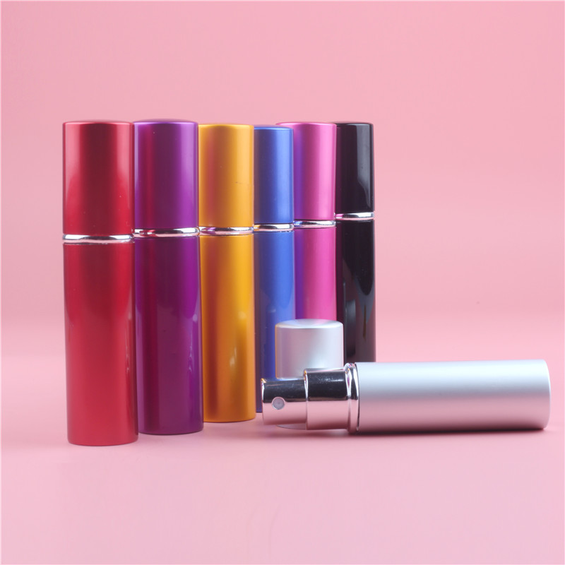 10ML 7 färger Mini Portable Aluminium Refillable Parfymflaska Med Spray Tomma Kosmetiska Containrar Med Atomizer For Traveler