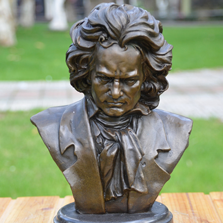 Beethoven bust bronze sculpture like music composer pianist study hotel decoration decorationBeethoven bust bronze sculpture like music composer pianist study hotel decoration decoration