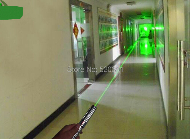 все цены на Super Powerful 20000mw/20w 532nm Green Laser Pointers Flashlight Burning Match Pop Balloon,Burn Cigarettes+5 Caps+Charger+Gift онлайн