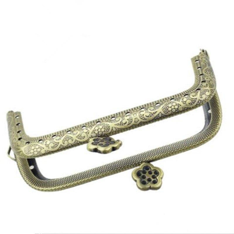 10Pcs Rectangle Metal Purse Bag Frame Kiss Clasp Lock Flower Vintage Bronze Tone 9x5.5cm cnc short clutch brake levers for moto guzzi griso breva 1100 norge 1200 gt8v