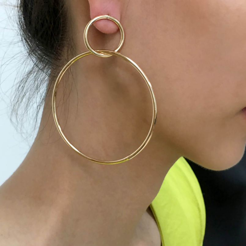UKEN Fashion Accessories 2018 Earrings Jewelry Gold Color Simply Style Metal Circle Stud Earrings For Women Pendientes