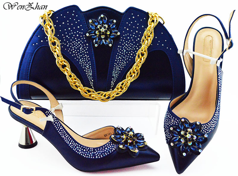 Mode Frauen schöne farbe Schuhe Und Tasche Set Zu Spiel 7 cm Hohe Qualität Italienische Schuhe Mit Passenden Taschen Für party! WENZHAN B93 2-in Damenpumps aus Schuhe bei  Gruppe 1