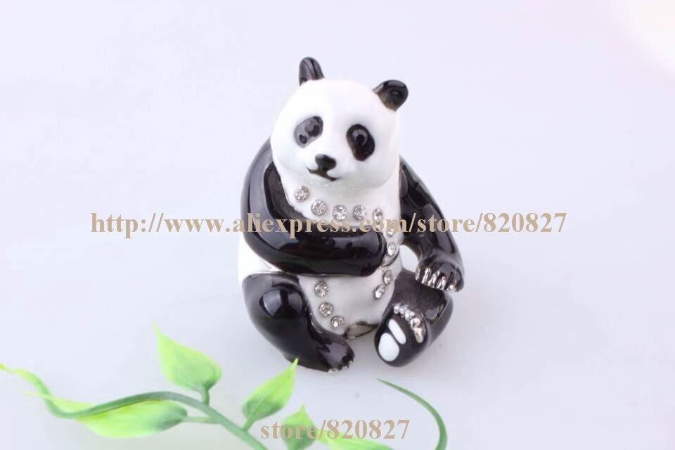 05b45b0c0688 Especies amenazadas Panda oso hecho a mano Jeweled esmaltado baratija del  metal Panda caja de la joyería píldora estatuilla actitud en el ramdon