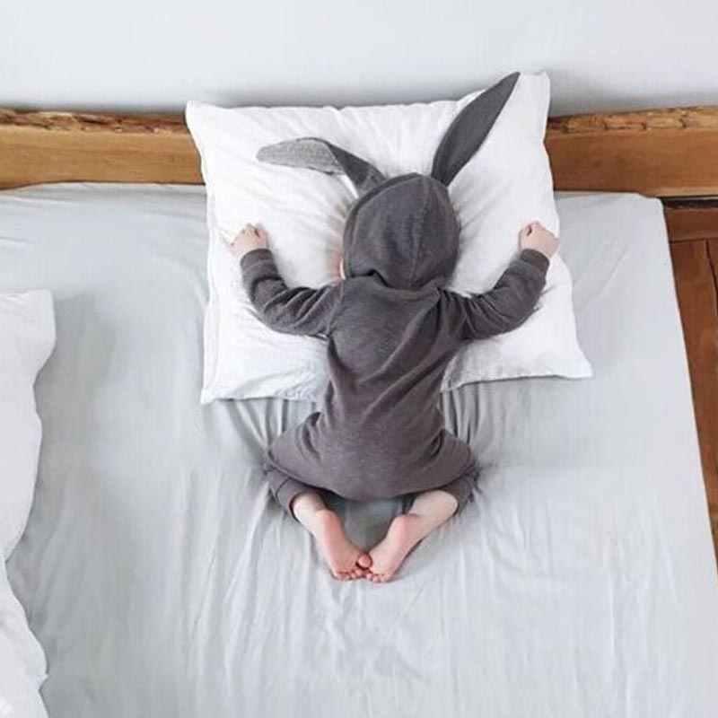 Nuevos mamelucos de bebé de primavera y otoño de dibujos animados bonitos de conejo para niños y niñas