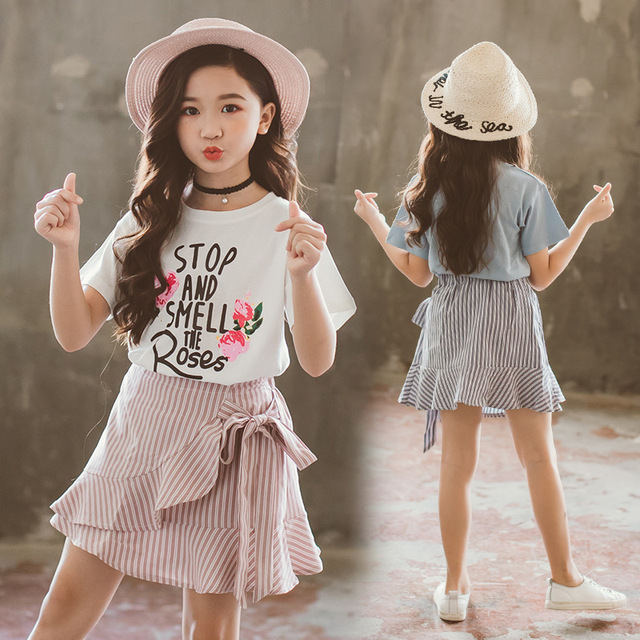 260028009b465 US $7.65 15% OFF|2019 Summer Girls Clothes Set Fashion Floral Shirt+Striped  Bow Skirt Suits Sets Kid Casual Set For Girls Teenage Girls Clothing-in ...