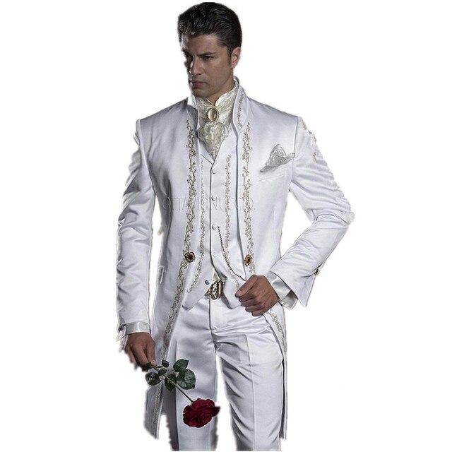 2017 Bordado Branco Do Noivo Smoking Mandarim Lapela Padrinhos Homens Ternos de Casamento/Baile Melhor Homem Blazer (Paletó + Calça + colete)
