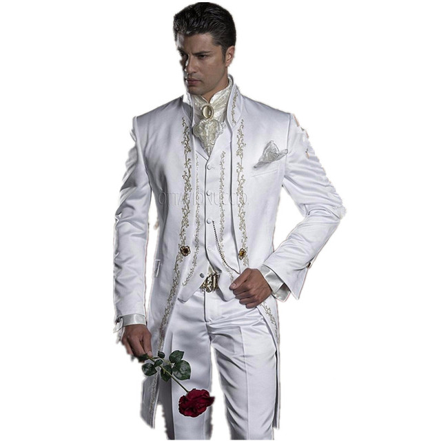 2017 Embroidery Groomsmen Mandarin Lapel Groom Tuxedos White Men Suits Wedding/Prom Best Man Blazer (Jacket+Pants+Vest)