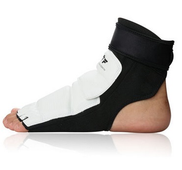 Новый высокое качество тхэквондо ног протектор КТА для официальный конкурентной борьбы Средства ухода за кожей стоп гвардии ногами коробк... ...