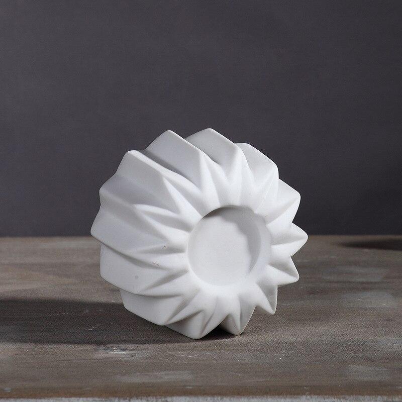 Glaze Origami White Plain Porcelain Candle holder Classic Candlestick Wedding Party Gift Tealight Ceramic Europe