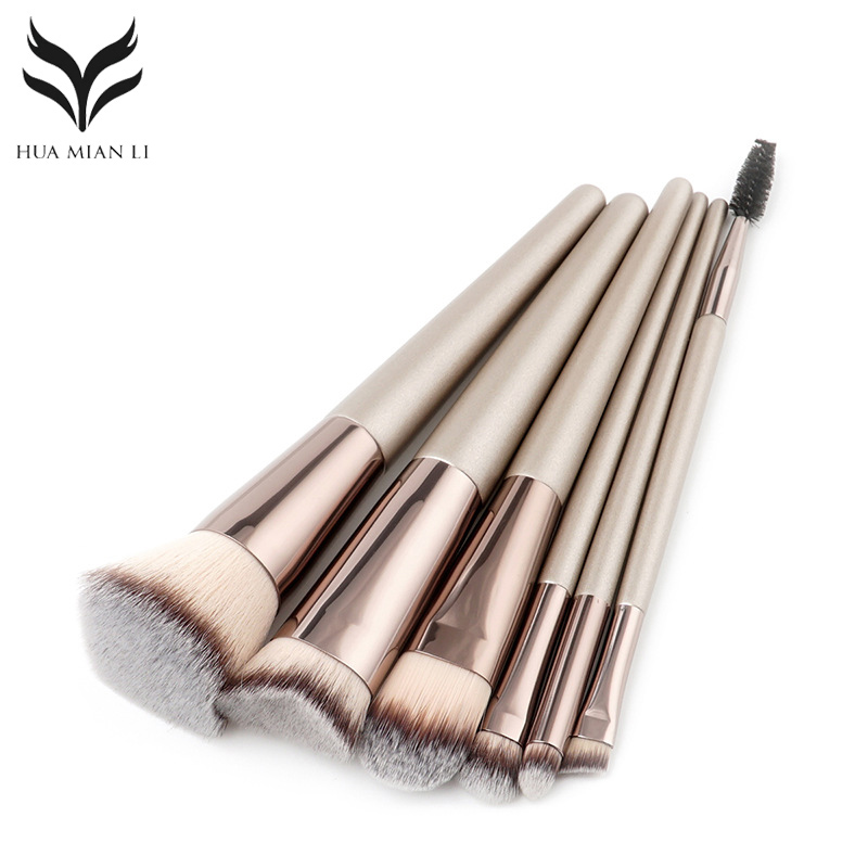12Pcs Professional Makeup Brushes Set Cosmetic Powder Foundation Eyeshadow Blush Kits With Beige Brush Bag Pincel Maquiagem pro 15pcs tz makeup brushes set powder foundation blush eyeshadow eyebrow face brush pincel maquiagem cosmetics kits with bag