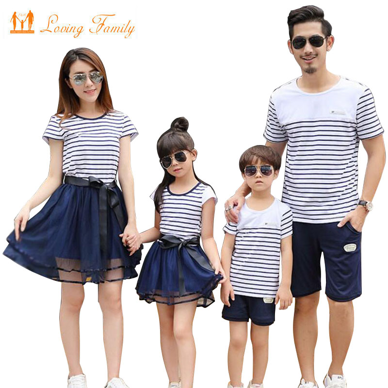2018 Summer Style Matching Family Clothing Striped T-shirt shorts Mother Daughter dresses Father Son Family Matching Outfits рубашка acoola acoola ac008ebdagb7