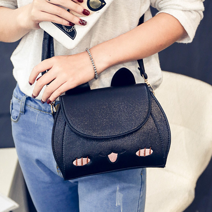 Free shipping, 2018 new women handbags, trend Korean version shoulder bag, fashion woman messenger bag, lovely small fresh flap. qiaobao 2018 new korean version of the first layer of women s leather packet messenger bag female shoulder diagonal cross bag