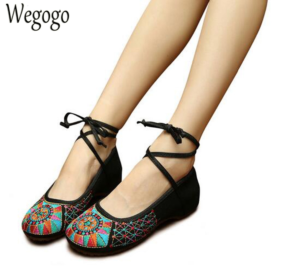 Wegogo Women Flats Shoes Ethnic Retro Embroidery Soft Sole Old Peking National Lace Up Cloth Ballet Shoes Woman vintage embroidery shoes canvas old peking cloth flats chinese national style soft sole casual shoes women dance single shoes