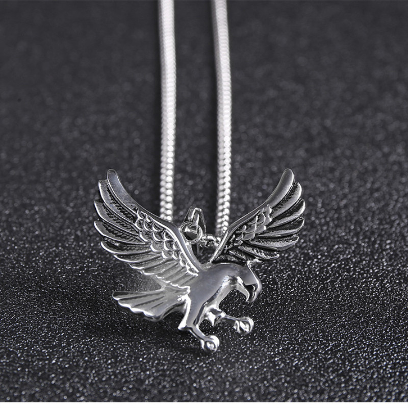 Eagle Pendant Necklace Biker Jewellery Mens Fashion Animal Jewelry 2019 Wholesale a lot Retro Style Chain Hawk Wing