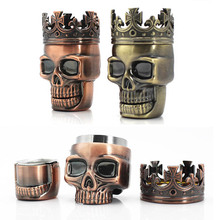 Tobacco Crusher Tabacco Accessories Metal Spice Herb Grinder Hand Muller Smoke Grinders King Skull Shape 3 Layers Crushers 1 PC cheap wu fang Free Type B651241