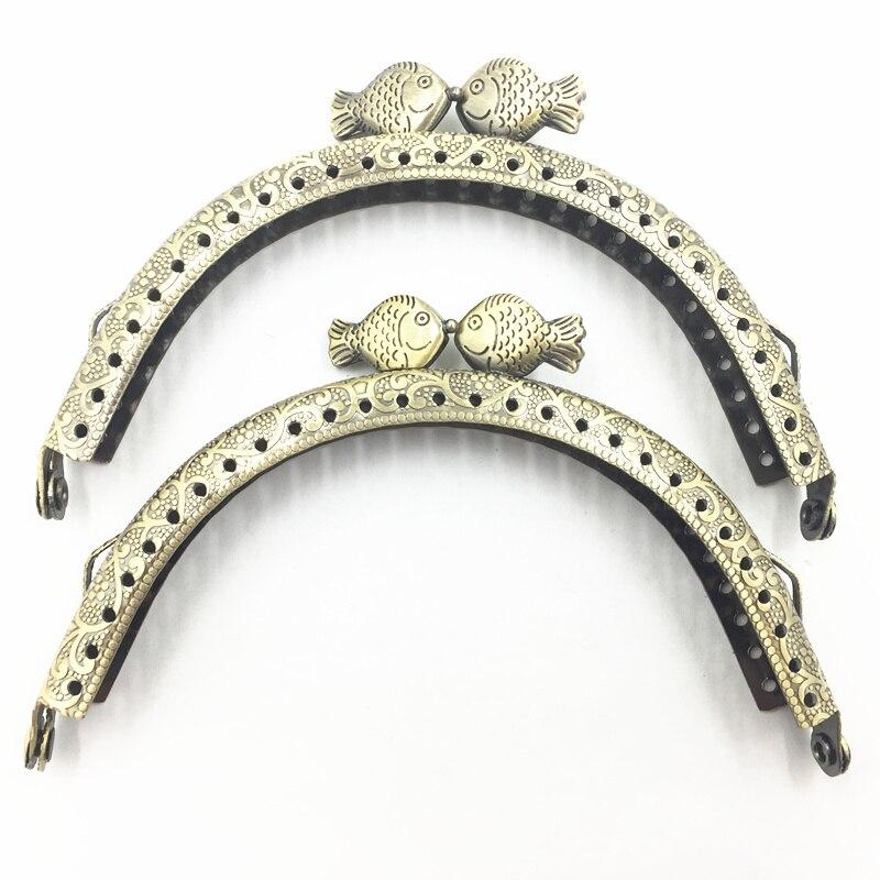 1Pc Bronze Tone Handbag Handle Delicate Metal Purse Frame Arch Flower Pattern Beautiful Fish Head Luggage&Bag Accessories 10.5CM