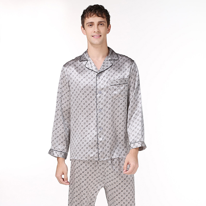 2XLmens Silk Pajama Set Letter Long Sleeve 2019 Silk Night Sleepwears Brand Men's Silk Stain Summer Fashion Casual Pajama Sets