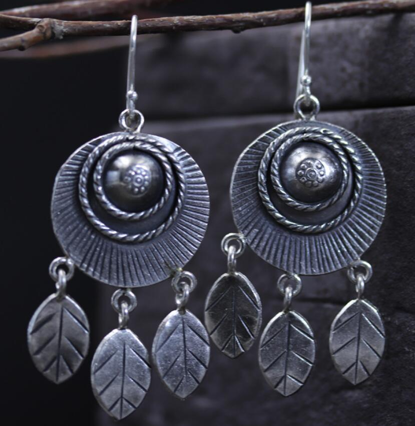 Thai silver retro leaf tassel exaggerated personality earrings S925 sterling silver ladies earrings a suit of retro fake gem rhinestone leaf tassel necklace and earrings for women