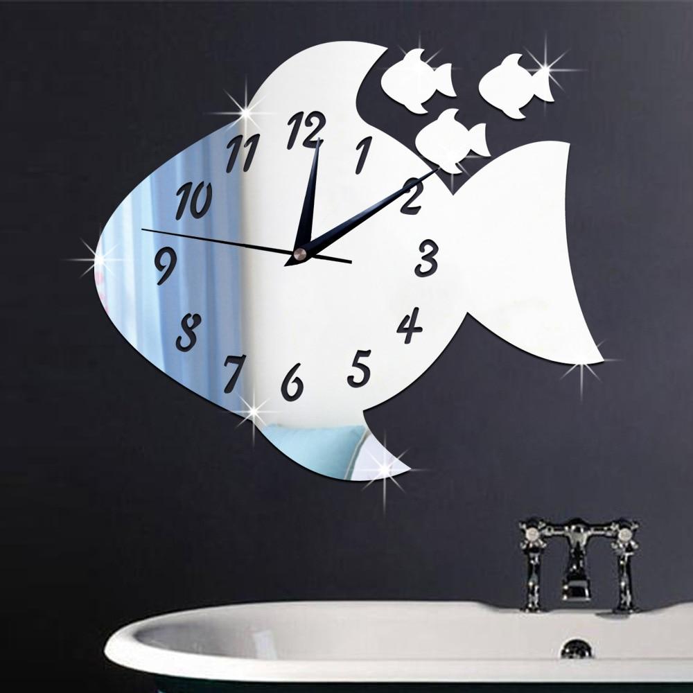 Penguin Mirrored Clock