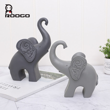 Roogo Nordic Elephant Family Miniature Figurines For Home Cute Animal Home Decoration Resin Home Decor Figurine For Garden roogo sweet wedding home decoration accessories resin bridegroom and bride figurine gift for couple family desktop ornament