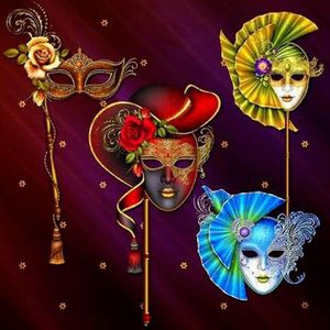 Image 5 - Hot 5D Diy maska plac diament malarstwo okrągłe wiertło Rhinestone dekoracyjne naklejki ścienne ozdoba do domu rękodzieło 30*30cm