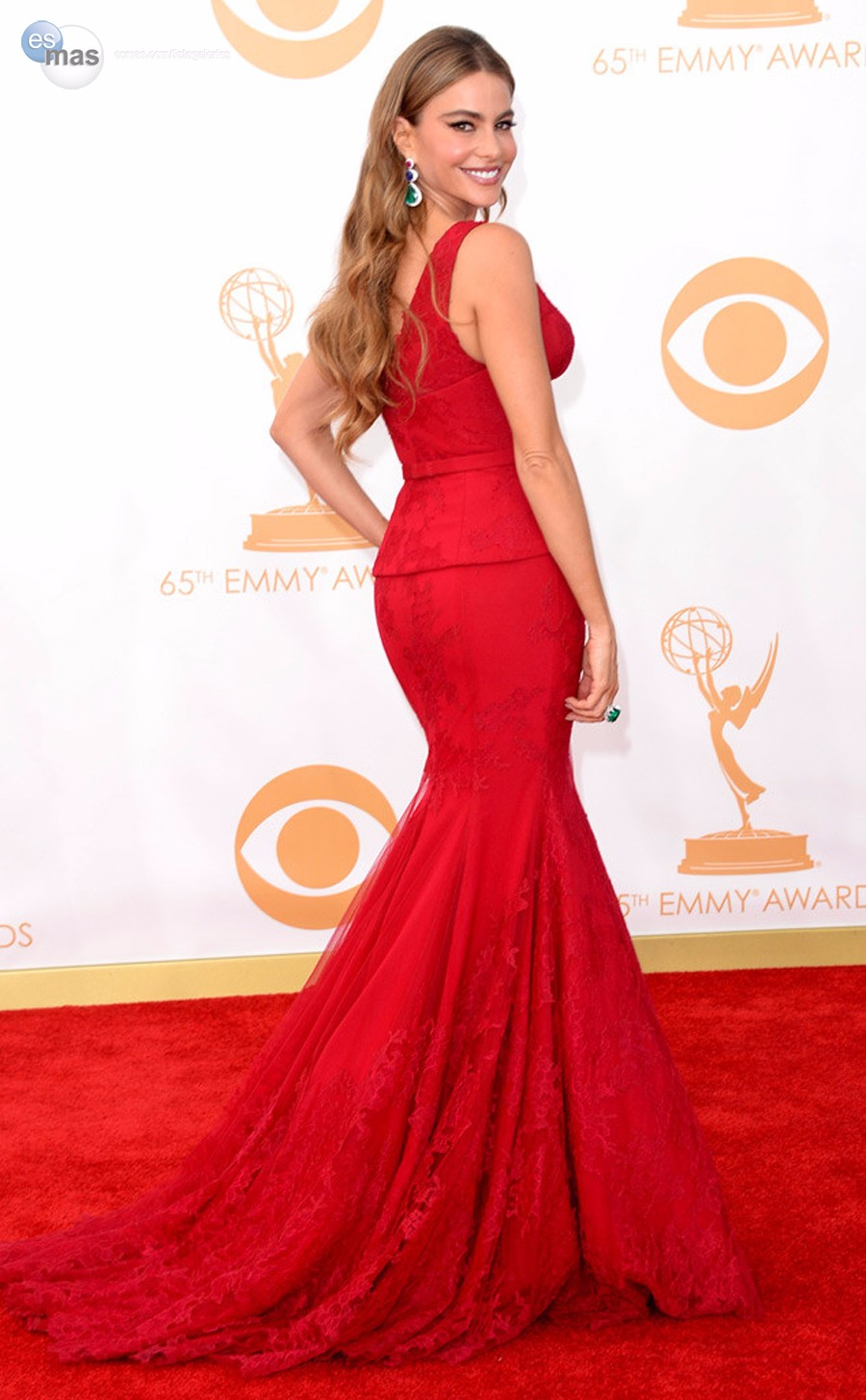 Free-Shipping-Charming-Deep-V-Neck-Sofia-Vergara-Red-Mermaid-Lace-Celebrity-Dress-Emmy-Awards-2016 (2)