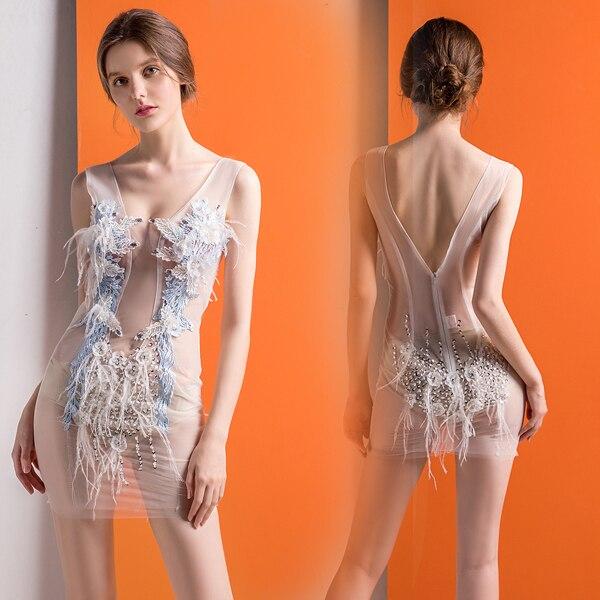 2019 Новое Элегантное женское платье с перьями и бриллиантами сексуальное короткое платье с глубоким v образным вырезом тонкое платье женский цветок из текстиля украшение