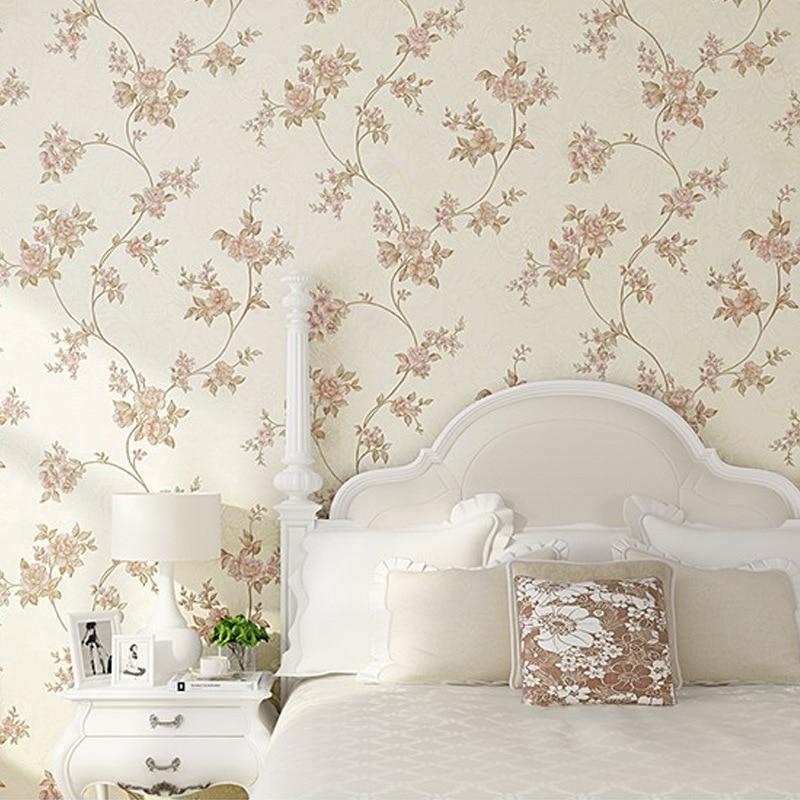European Modern 3D Embossed Wallpaper For Living Room Bedroom Background Damask Floral Wallpaper Roll Desktop Decor Wall Papers