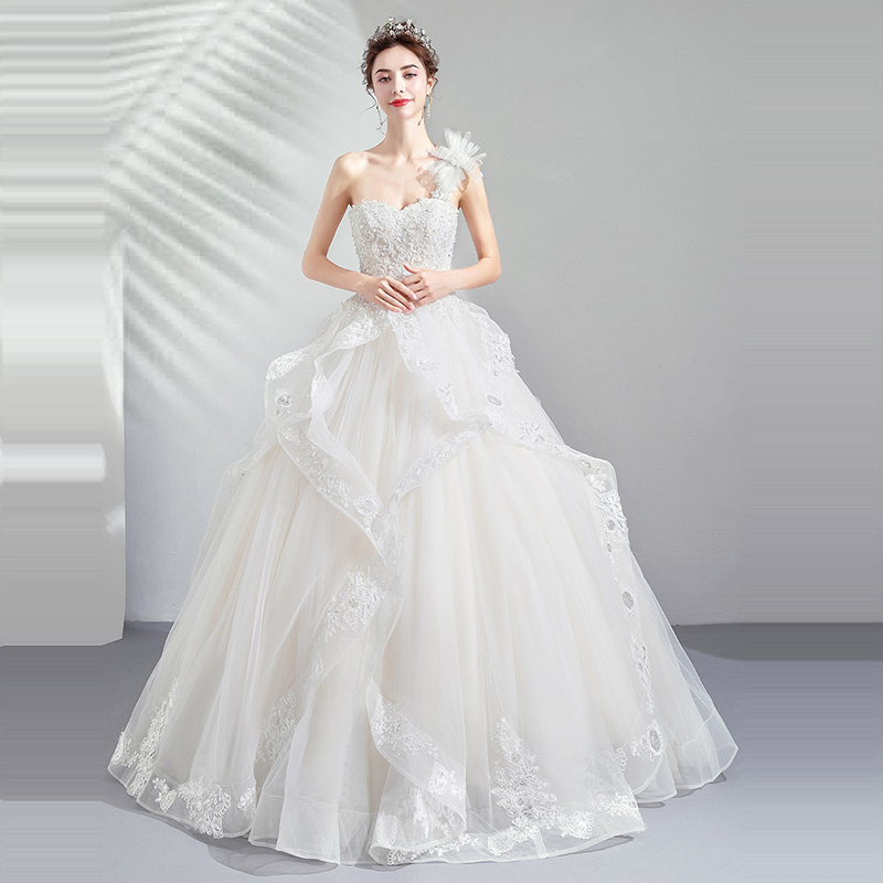 Wedding Dress White Crystal One Shoulder 2019 Tube Top Sleeveless Wedding Dress Plus Size Sexy Lace Backless Robe De Mariee E616 in Wedding Dresses from Weddings Events