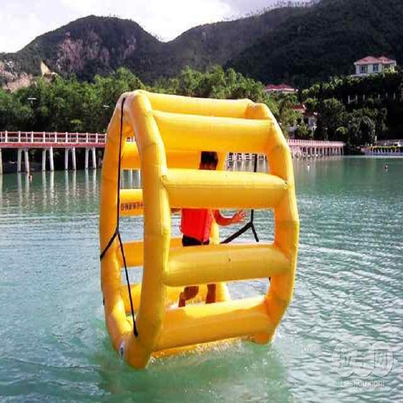 Inflatable Walking Wheel Or Walk Wheel Playing On The Water 2.2*1.8*2.2 M Water Game In Summer Water Park