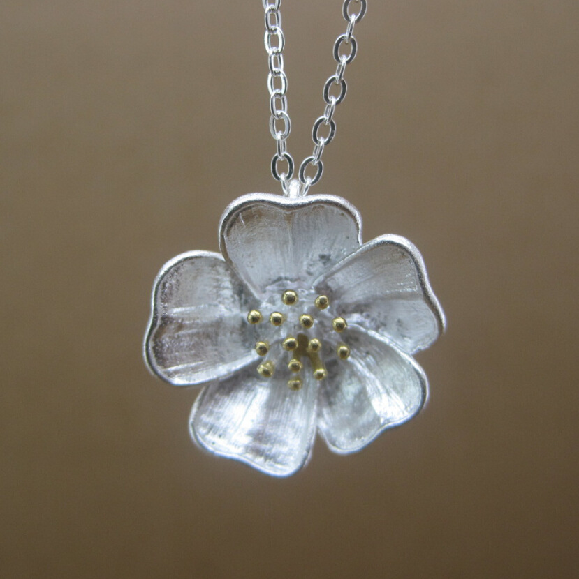 Sterling 925 silver flower necklace Handmade personalized jewelry brand new pendant  for women