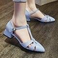 Estilo coreano de la Hebilla de la correa Del Dedo Del Pie Puntiagudo Medio Tacones Gruesos Zapatos de Las Mujeres Solteras Negro Azul piel de Vaca Zapato Del Banquete Femenino Bot Venta