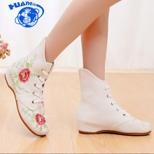 HUANQIU 2018 autumn/winter new embroidered cloth shoes nationa short boots female old Beijing increased shoes women boots ZLL615(China)