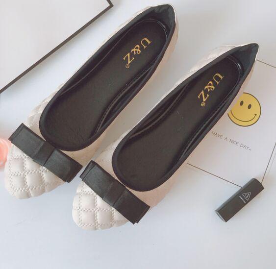 Primavera Verano 2017 Precioso lazo de satén zapatos de los planos de charol y B