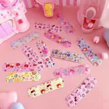 100pcs/bag Waterproof Breathable Cute Cartoon Band Aid Hemostasis Adhesive Bandages First Aid Emergency Kit 100pcs waterproof breathable cute cartoon band aid hemostasis adhesive bandages first aid emergency kit for kids children