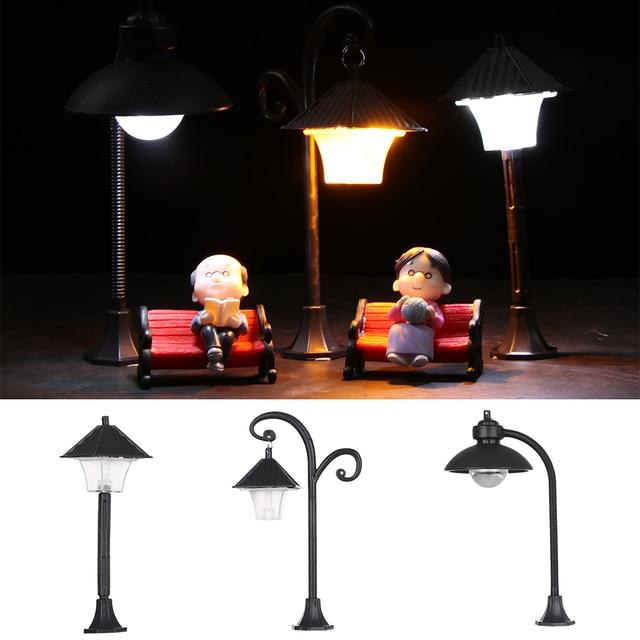 1PC Resin  Bonsai Ornament Street Lamp Figurine Streetlight Miniatures  Road Light Model Craft Home Decor Micro Landscape 2
