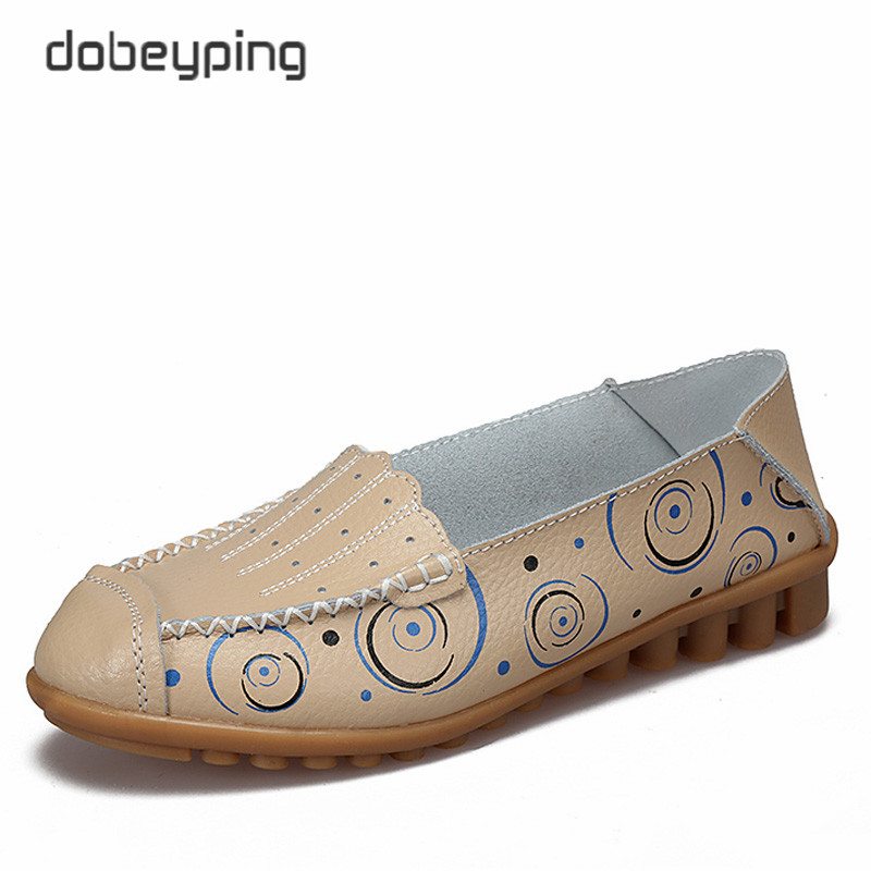 2017 New Women's Casual Shoes High Quality Women Leather Flats Slip On Female Loafers Lady Driving Shoe In 10 Colors Size 35-42 2017 new leather women flats moccasins loafers wild driving women casual shoes leisure concise flat in 7 colors footwear 918w