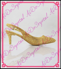 Aidocrystal 2016 New Fashion Sexy Women Gold Wedding Shoes Platform Pumps Crystal Pointed Toe Low Heel Slingbacks