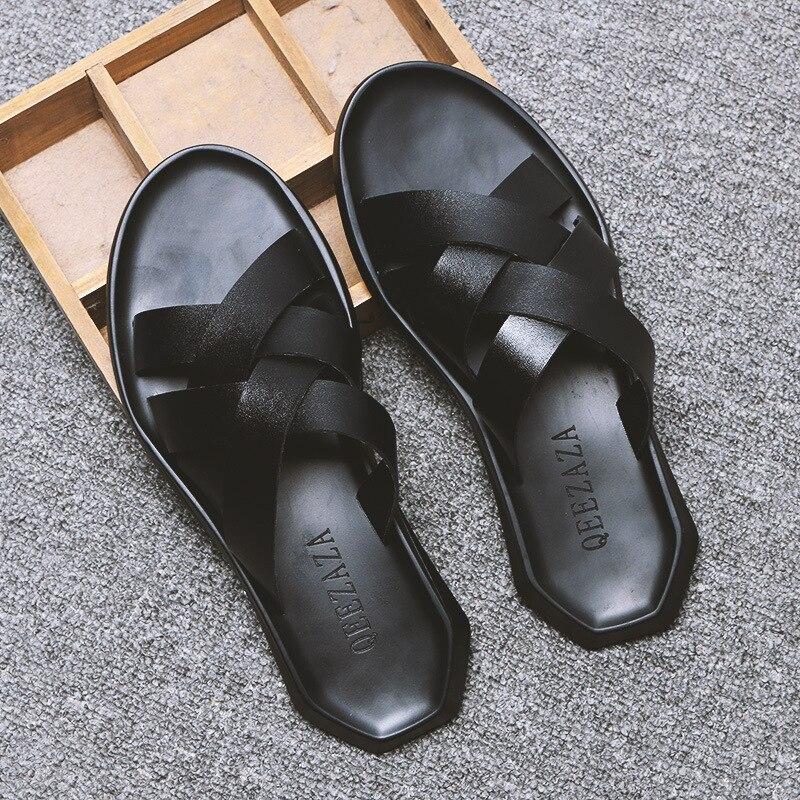 Chinelos 2019 homens de verão de moda de nova preto e branco não-deslizamento respirável sandálias de couro genuíno dos homens chinelos de praia yasilaiya