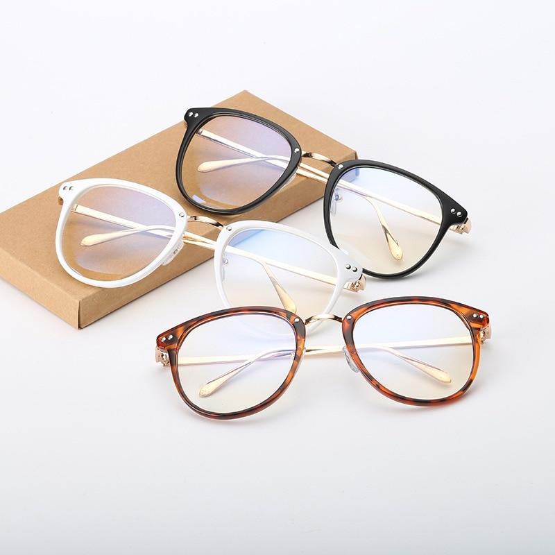 14a3b84a0e3d 2018 Women Retro Eyeglasses Frame Female Eye Glasses Vintage Optical  Glasses Prescription Black White Frame