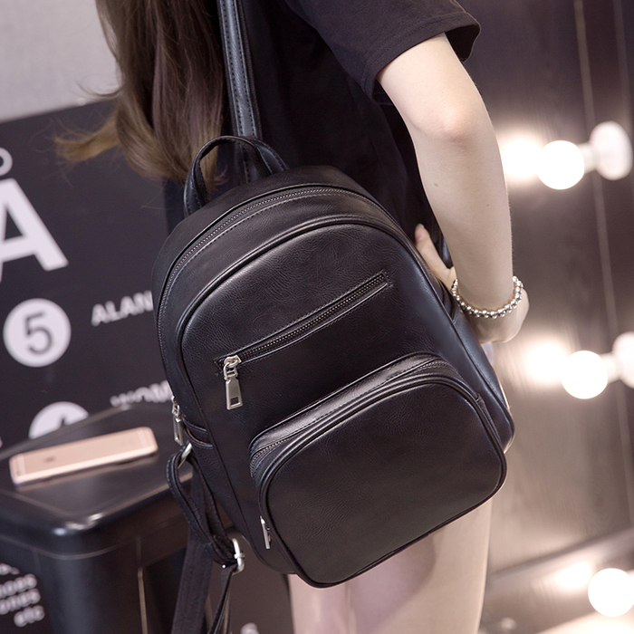 Free shipping, 2018 new women handbags, Korean version shoulder bag, trend woman messenger bag, fashion flap, student backpacks. qiaobao 2018 new korean version of the first layer of women s leather packet messenger bag female shoulder diagonal cross bag