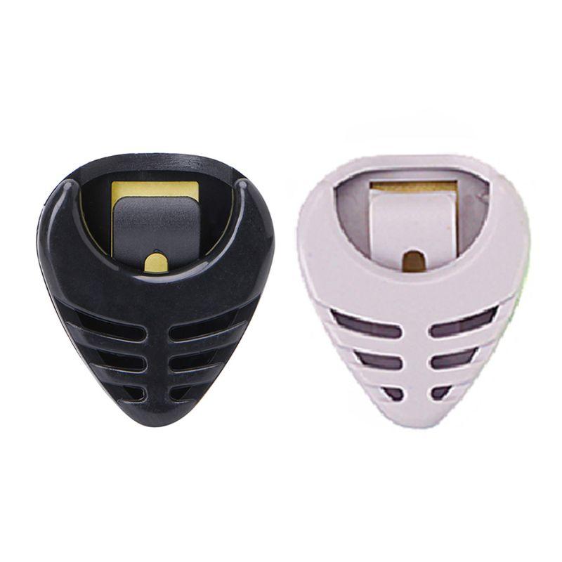 Portable Plastic Guitar Pick Plectrum Holder Case Box Acoustic Heart Shaped