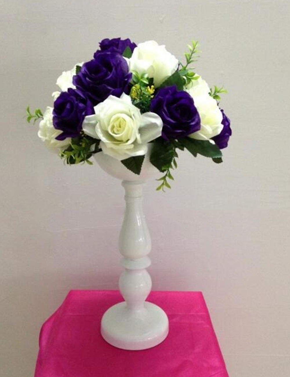 New Arrive 37 Cm Tall White Metal Flower Vase Wedding Table Centerpiece Event Home Decor Hotel