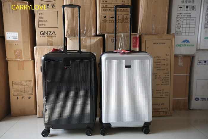 Large volume 20/24/28 inch size Ultralight  high quality PC Rolling Luggage Spinner brand Travel SuitcaseLarge volume 20/24/28 inch size Ultralight  high quality PC Rolling Luggage Spinner brand Travel Suitcase