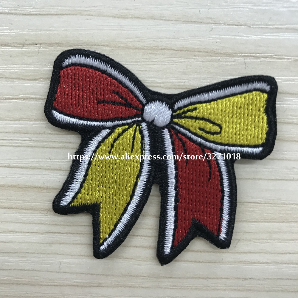 Flower Cat Iron on Patches Embroidered Motif Applique Decoration Sew On Patches Custom Patches for DIY Jeans Jacket Kids Clothing Bag Caps Arts Craft Sew Making Cat 11pcs